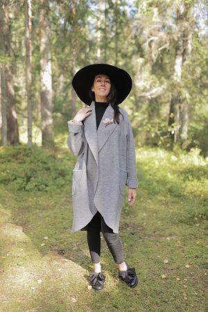 Vilnas jaka ar kabatām pelēka